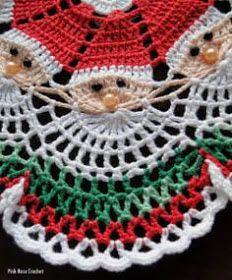 Image detail for -Santa Crochet Doily Centrinho Papai Noel 4 pinkrosecrochet.Santa Crochet Doily- no pattern, inspiration onlyCzeka na Ciebie 18 nowych Pinów - Poczta Crochet Doily Patterns, Thread Crochet, Filet Crochet, Crochet Designs, Crochet Crafts, Yarn Crafts, Crochet Projects, Crochet Stitches, Crochet Christmas Decorations