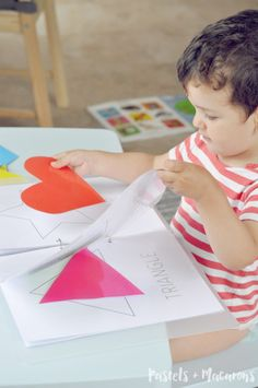 Toddler Shapes Activity Book with FREE printable by Pastels