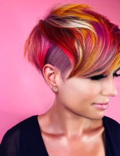 Pixie Hair Color, Cool Hair Color, Pastel Pixie Hair, Pixie-cut Lang, Short Pixie Haircuts, Punk Pixie Haircut, Haircut And Color, Funky Hairstyles, Casual Hairstyles