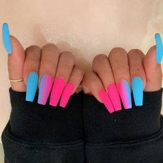 In search for some nail designs and ideas for your nails? Here's our list of 28 must-try coffin acrylic nails for fashionable women. Glow Nails, Aycrlic Nails, Swag Nails, Matte Nails, Stiletto Nail Art, Nagellack Design, Nail Lacquer, Nail Polish, Best Acrylic Nails
