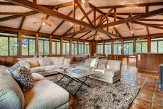Midcentury modern beauty in Old West Austin asks $2.5M - Curbed Austinclockmenumore-arrow : Home built in 1964 was designed by UT prof and architecture luminary R. Gommel Roessner