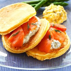 リコッタチーズのパンケーキ スモークサーモンサンド レシピ