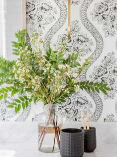 Fixer Upper: Behind the Design - The Jackson House Decor, Hgtv, Fixer Upper House, Historic Home, House Styles, Modern Farmhouse Exterior, House Interior, Hgtv Fixer Upper, College House