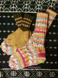 neulonta villasukat - knitted wool socks