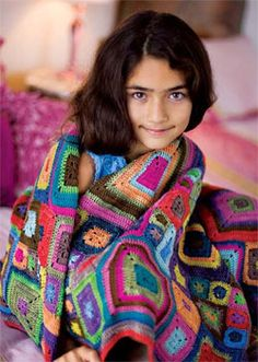 Babette-Blanket-L250.jpg The Babette Blanket Pattern is now available as a pdf download on Interweave's Knitting Daily site!