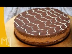 How to make a No Bake Chocolate Cheesecake. Recipe by Lorraine Pascale. INGREDIENTS: mould 23 cm 400 g chocolate cookies or digestive Double Chocolate Cheesecake, No Bake Oreo Cheesecake, Cheesecake Bites, Chocolate Cookies, Mango Cheesecake, Cheesecake Desserts, Chocolate Ganache, Nutella Recipes, Brownie Recipes