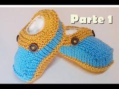 "Sapatinho de tricô passo a passo: Este sapatinho de tricô passo a passo também pode ser visto no blog da Marli ""Louca Por Artes"". Fiz a pedido da Knitted Booties, Knit Shoes, Knitted Hats, All Free Crochet, Crochet Baby, Baby Knitting Patterns, Crochet Patterns, Baby Slippers, Knitting Videos"
