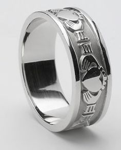 MENS Silver Claddagh Ring MS-WED2