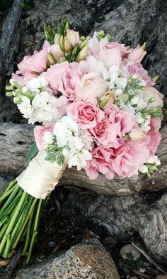 pink lisanthus, white stock flower, pink spray roses,