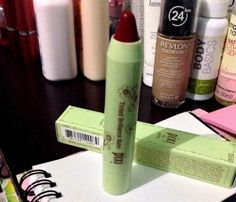 NeuroChiq: Product Review: Pixi Tinted Brilliance Balm