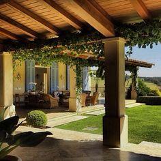 #marcostomanik #arquitetura #varanda #forromadeira #casacampo #estruturatelhadomadeira
