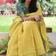 Yellow organza saree benaras blouse - Yellow organza saree with a green benarasi brocade border and blouse. The saree has self prints all over Blouse: Green brocade blouse Dry Clean only Khadi Saree, Organza Saree, Formal Saree, Casual Saree, Cotton Sarees Online Shopping, Online Shopping Clothes, Cotton Saree Blouse Designs, Blouse Patterns, Indian Silk Sarees