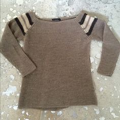 Brandy Melville Sweater Excellent condition! Only worn once. Brandy Melville Sweaters