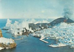 Heimaey - Vestmannaeyjar - Iceland- Carte postale kitsch - Collection personnelle nikedenice (163)