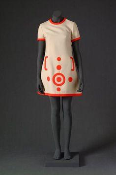 Mini dress, Louis Feraud, 1965-1970.  Mode Museum.