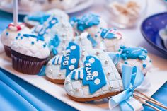 DIY Boy Baby Shower Party Ideas-Twinkle Twinkle Little Toes With a little boy on the way, so much excitement in the air! Have you got a Baby Shower organized? DIY Baby Shower Party Ideas for Boys Here. Shower Party, Baby Shower Parties, Baby Shower Themes, Baby Shower Decorations, Shower Ideas, The Menu, Baby Shower Cards, Baby Boy Shower, Baby Shower Gifts