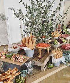 Delicious Grazing Table Ideas & Inspiration | weddingsonline Catering Food Displays, Fruit Displays, Catering Buffet, Catering Ideas, Food Table Displays, Local Catering, Food Tables, Antipasto, Brunch Mesa