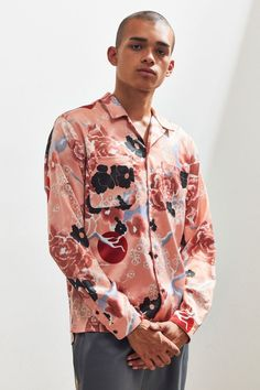 6ff456c03 Slide View: 2: UO Floral Satin Button-Down Shirt Latest Mens Fashion,