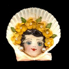 Old 1920s Sea Shell Girl Face
