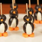 Here are the Socially Awkward Penguin Appetizers I made on #nerdynummies (^_^)  - via @Rosanna Pansino