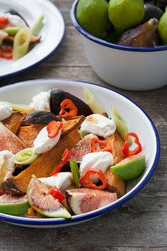 La festa di Rosh Hashanah marca l'inizio dell'anno (ebraico) nuovo: in questa occasione, come vi raccontavo, si usa mangiare piatti dolci, nella speranza che l'anno che inizia sia all'insegna della dolcezza e della bontà.