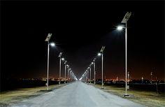 Straatverlichting met zonnepanelen.