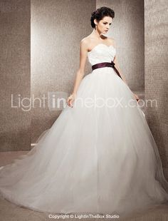 Tulle Ball Gown Sweetheart Chapel Train Wedding Dress inspired by Kate Huds in Bride Wars - USD $ 217.49