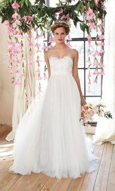 PENELOPE http://bohemianbrides.com.au/ // Bohemian Brides // Gold Coast Bridal Store // Wedding Dress // Unique Bride //