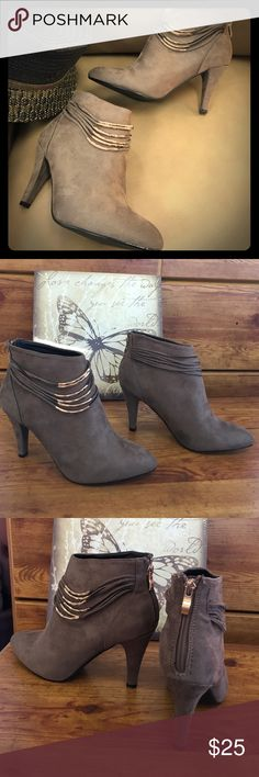 """NIB GC Shoes, VIP Suede Latte Zip Up Booties NIB, GC Shoes, latte/ beige/brown Suede high heeled booties. 3.5"""" heel , pointed toe, back heel zip. Gold metal accents on the bands. True to size GC Shoes Shoes Ankle Boots & Booties"""