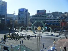 Welcome to Busan! Suitcases, Busan, Motel, South Korea, Street View, Travel, Viajes, Suitcase, Korea