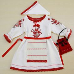 Costum popular fete - cod CP02 - Magazin online, cadouri si obiecte decorative ! Deco-Artis.ro - Hainute de botez personalizate Romanian Girls, Traditional Dresses, Floral Tops, Bell Sleeve Top, Girls Dresses, Popular, Costumes, Stitch, Womens Fashion