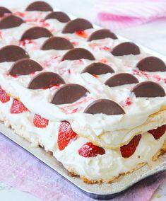 Grandma Cookies, Cake Recipes, Dessert Recipes, Drink Recipes, Tasty, Yummy Food, Swedish Recipes, Christmas Snacks, Pavlova