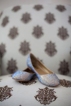 What a fun pop of #sparkle {Carri Roman Photography}