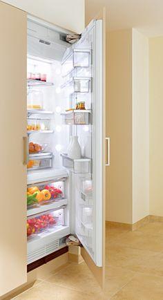 refrigerator,refridgerators,fridge,fridges,Refrigerator-freezers,bottom-mount,food storage,cooling,ice maker,ice makers,kitchen appliances from Miele