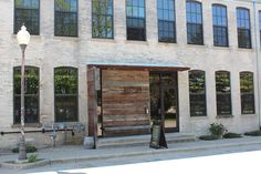 Eingang Journeyman Distillery Three Oaks / Michigan