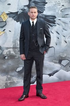 Charlie Hunnam wearing ALEC to the 'KING ARTHUR' premiere in London
