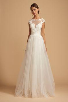 Wedding Dress Pictures, Wedding Bridesmaid Dresses, Dream Wedding Dresses, Bridal Dresses, Gown Wedding, Wedding Navy, Garden Wedding Dresses, Sequin Prom Dresses, Sequin Party Dress