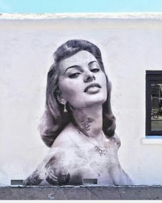 Sophia Loren Street Art, located on Venice Beach