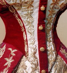 red Russian court dress dress of Empress Maria Fyodorovna