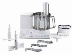Braun Multiquick Kitchen Machine Food Processor Powerful 600 watt DC motor - low noise operation for better food preparation. Kitchen Aid Appliances, Small Appliances, Kitchen Gadgets, Food Processor Reviews, Best Food Processor, Baby Changing Tables, Kitchen Machine, Pasta Maker, Food Preparation