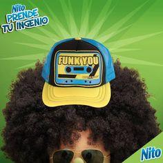 Qué tal el diseño de esta gorra que me encontré, ¿a poco no tiene mucho funk?