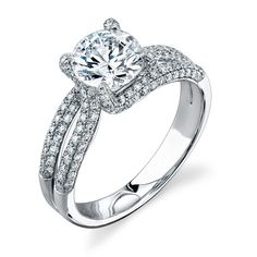 My engagement ring :) My dad is a jeweller and I have had this baby picked out for years :) Simon G :)