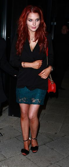 Mum's night off! Helen Flanagan looked gorgeous as she enjoyed a rare night off from her parenting duties, stepping out on Saturday for dinner before heading to Nuvo in Birmingham Matilda, Helen Flanagan, British Celebrities, Night Off, Hair Inspiration, Fashion Inspiration, New Mums, English Actresses