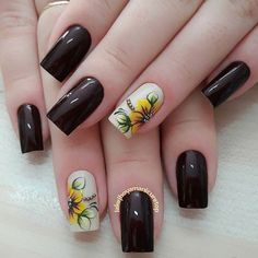 40 - Nail art designs in different colors for you - 1 If you want to make a difference, we offer you nail designs. These nail designs will show you di. Shellac Nail Art, Nail Polish Art, Manicure And Pedicure, Acrylic Nails, Nail Art Designs, Sunflower Nails, Short Square Nails, Flower Nail Art, Stylish Nails