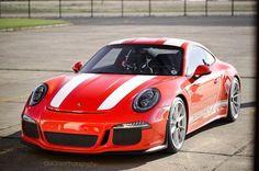 #Porsche 911R by Roger Chan (@rchanphotography)