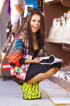 Kat Graham with them beautiful heels on.. I'll catch her if she fall... Then she'll marry me. LOL just wait on it...