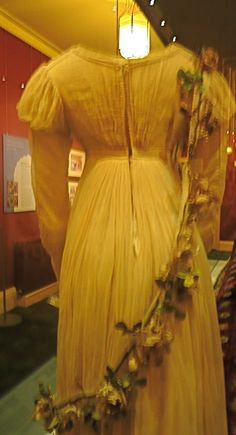 Herb Woman's Attendant's Costume