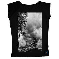 Mountain Top women's black T-shirt