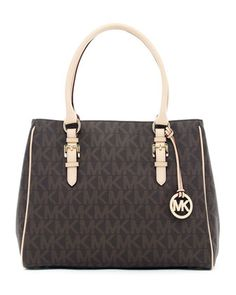Really loving the shape of this new MK Jet Set Logo Medium Work Tote.