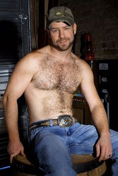 Who doesn't love country men?